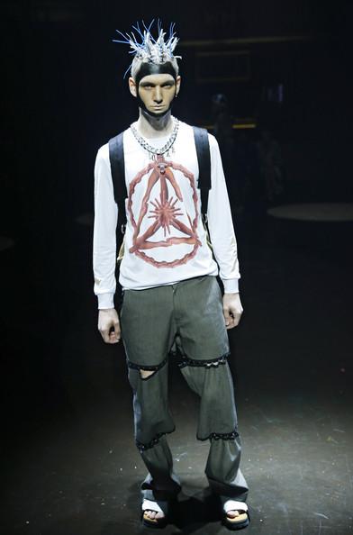 Luar-Zepol-Runway-Mercedes-Benz-Fashion-Week-oGICcAeSwLxl